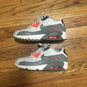 Nike Shoes - Nike Air Max 90 leather
